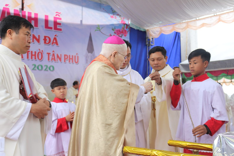 Tan Phu (24)