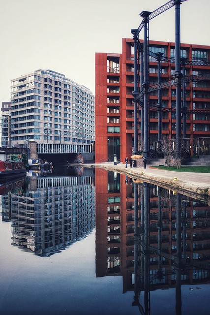Late pm reflections in Gasholder Park