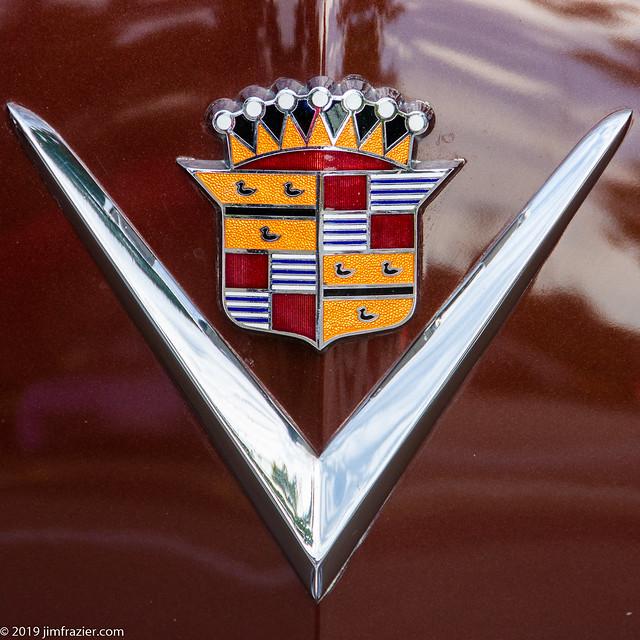 Emblem: 1949 Cadillac Coupe Model 62