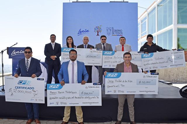 Entrega de créditos productivos a proyectos de Tungurahua y Cotopaxi