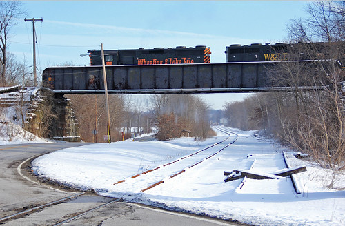wheelinglakeerie winter railroadsinwinter winterontherailroad snowcoveredrailroadtracks kentohio wleclevelandsubdivision erierailroad wlelocomotives wlemotivepower