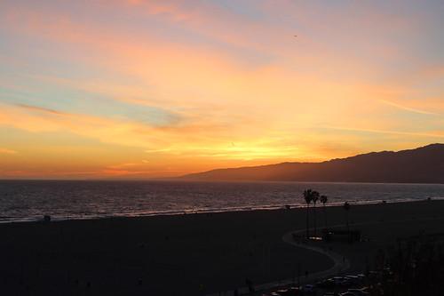 santa monica ca california sunset pacific ocean travel april 2019 beach