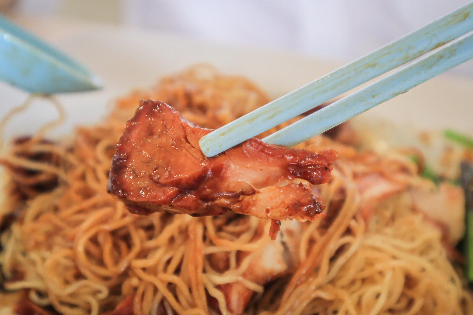 fei zai xiang shao la wanton mee char siew
