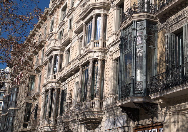 Bow windows - Barcelona