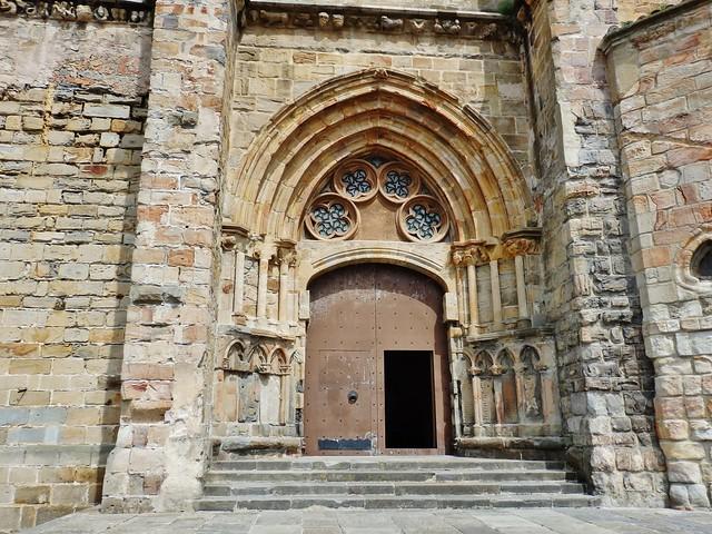 Portada Iglesia Santa María - Castro Urdiales - Cantabria