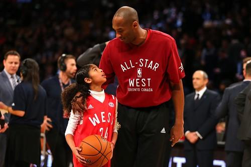 Kobe, un anno senza di te. Tutto il mondo lo celebra