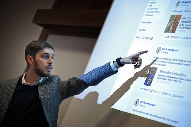 """Corso di aggiornamento per comunicatori su come """"Gestire il digitale"""""""