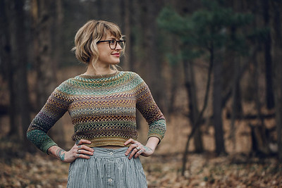 If you liked Nightshift, Andrea Mowry's Shifty is her yoked sweater with the slipped stitch mosaic knitting! She also has Shiftalong, a mosaic knitting hat!