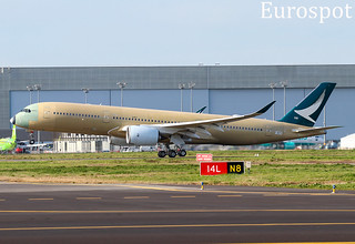 F-WZFO Airbus A350 Cathay Pacific