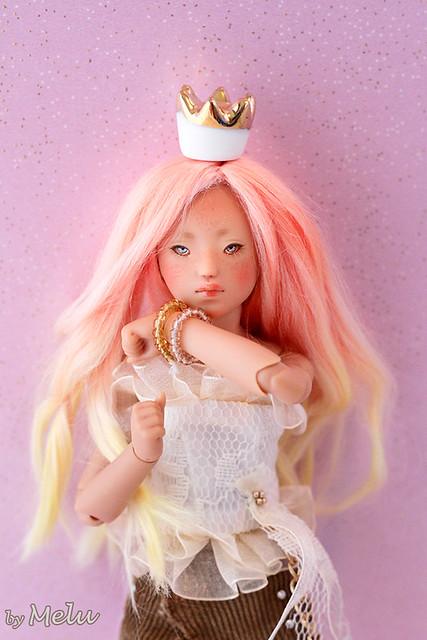 Girl power (MDR Dango) p2 49502797541_a18bdf114c_z