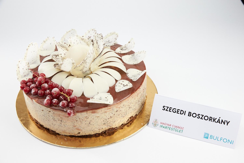 Szegedi is versenyben van a Magyarország Tortája címért