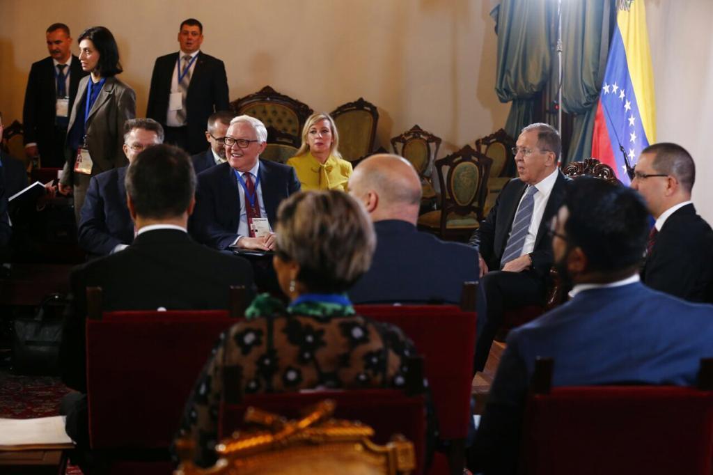 Cancilleres de Venezuela y Rusia se reúnen en Caracas