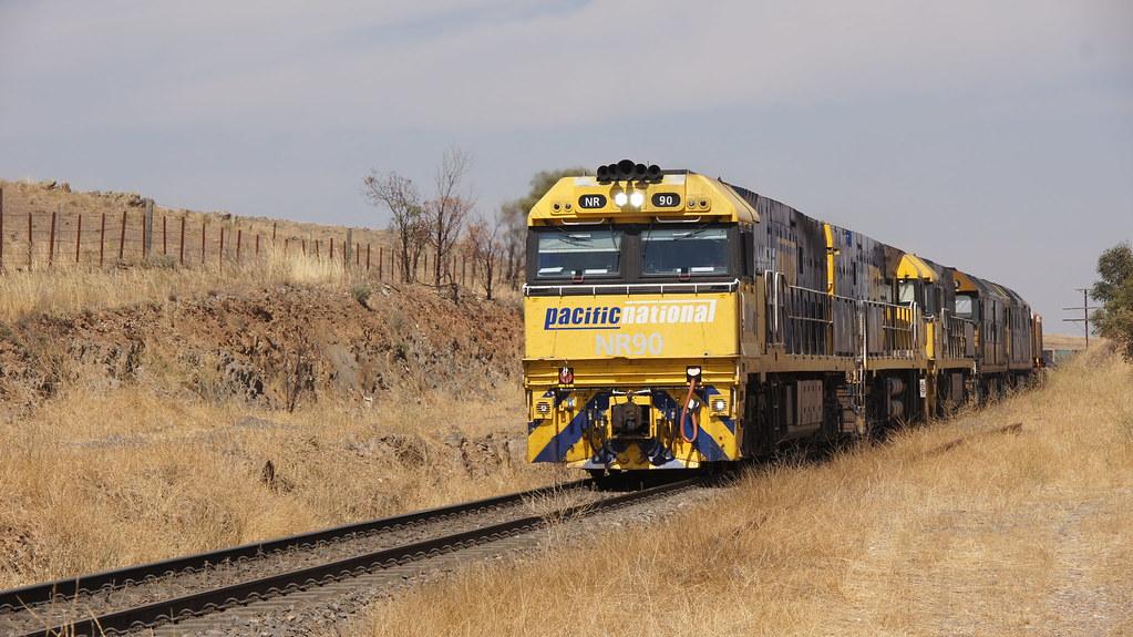 NR90 3PM6 Callington by class400railcar