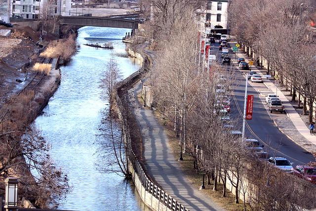 4 modes of travel in Manayunk
