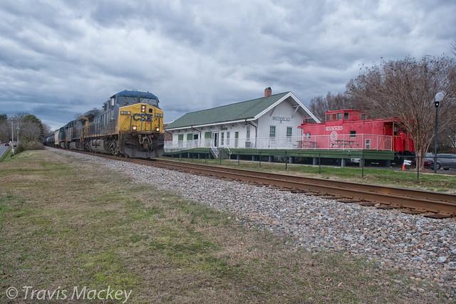 CSX K477-04 at the old SAL Depot in Matthews