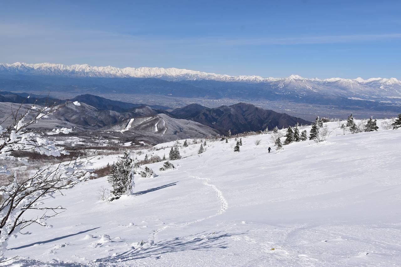 冬の根子岳雪山登山 北アルプスと北信五岳の展望