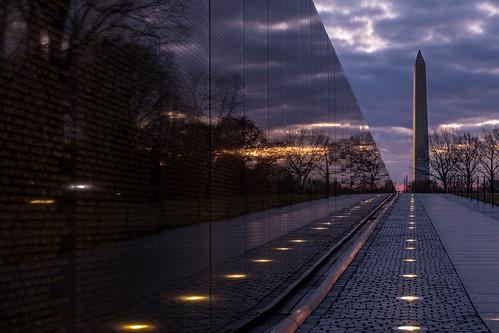 sunrise dawn washingtondc washingtonmonument vietnamveteransmemorial nationalregisterofhistoricplaces
