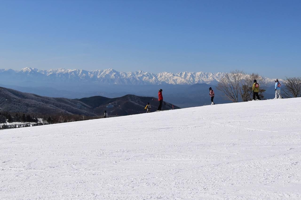 奥ダボススキー場から眺める北アルプス