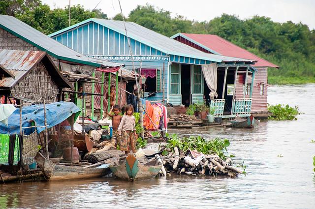 Village flottant .. Life on the Tonlé Sap...Cambodge