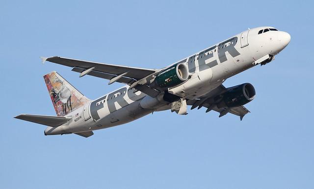 Airbus A320-214 N201FR