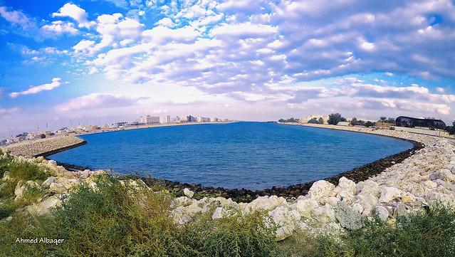 A Cloudy winter sky at Amwaj lake .. Amwaj islans ( Bahrain ) .. أجواء شتوية غائمة عند بحيرة جزر أمواج