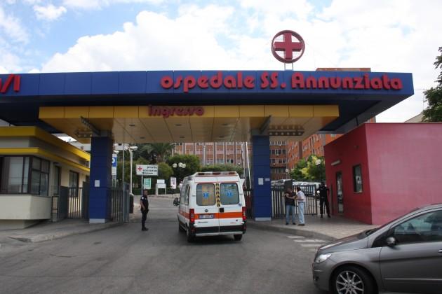 SS-Annunziata-con-ambulanza-ingresso-630x420
