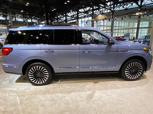 Chicago Auto Show 2020. Lincoln Navigator Photo