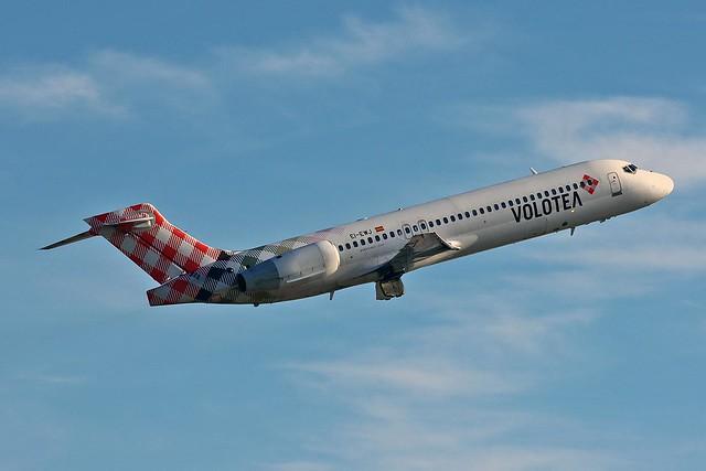 EI-EWJ Boeing 717-200 Volotea Airlines AGP 02-02-20