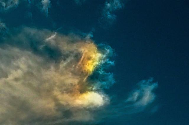 Right Side Parhelion (Sundog) 11:44 GMT 08/02/20