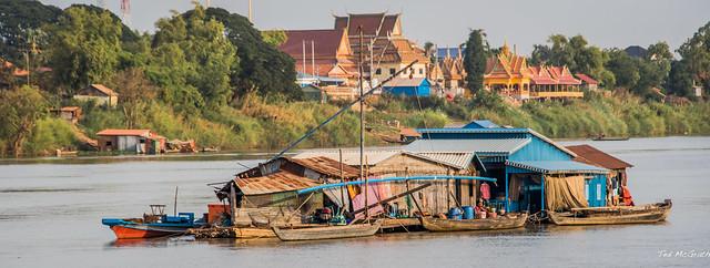 2019 - Cambodia - Tonlé Sap River - 7