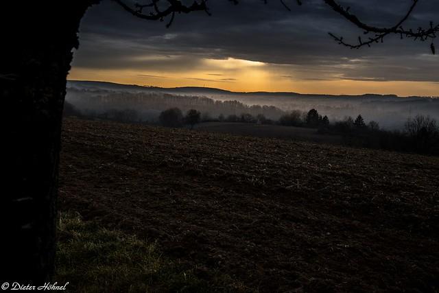 Sonnenaufgang über dem Angelbachtal