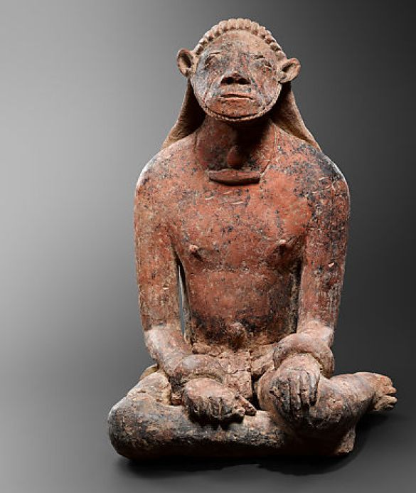 SeatedMaleFigure12th–14thCenturyMiddleNigerCivilizationTerracotta