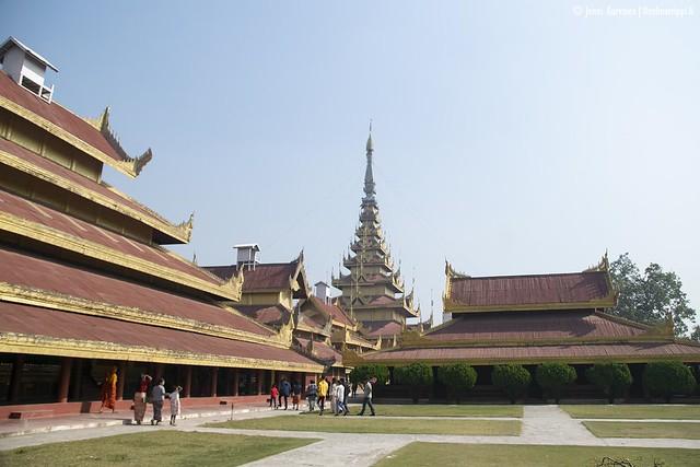Mandalayn Kultainen palatsi