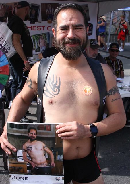 SEXY BEARDED HUNK ! ~ CASTRO STREET FAIR 2019 ! ( safe photo )