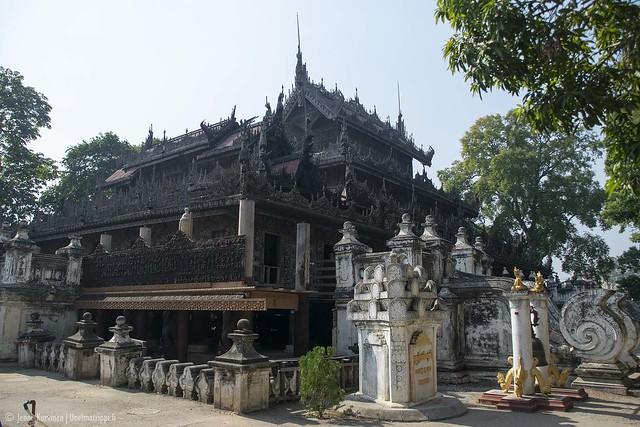Shwenandaw-luostari on rakennettu puusta