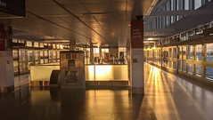 Sunrise, inter-terminal train platforms