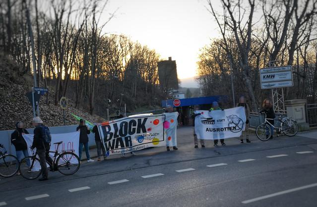 Symbolische Blockade von KMW in Kassel am 07.02.2020