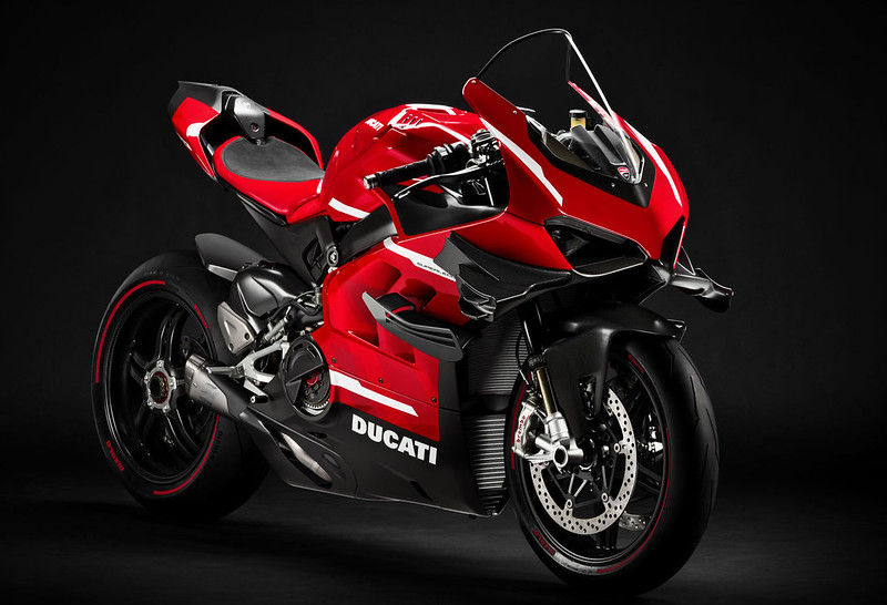 Ducati-Superleggera-V4-1