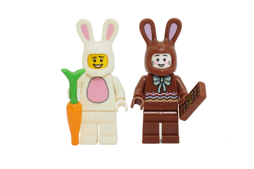 bam-exclusive-minifigures-02