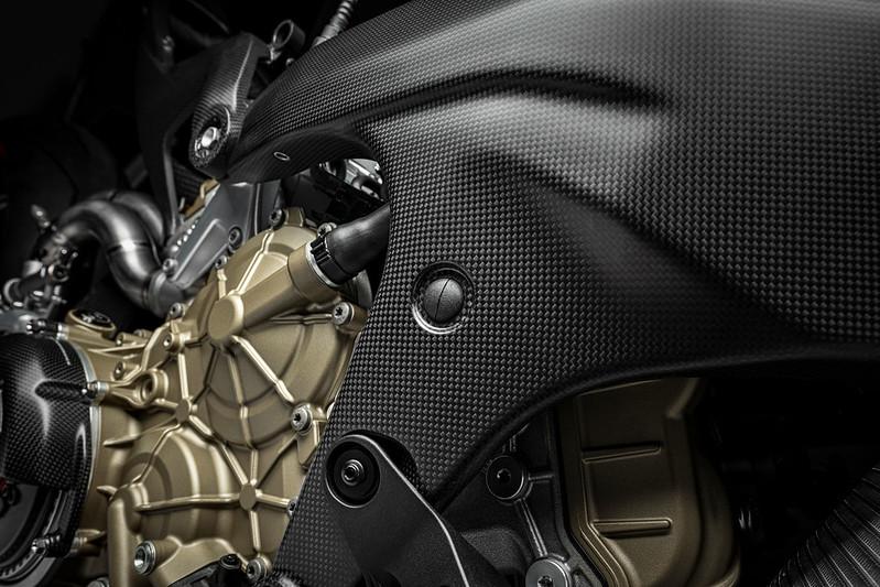 Ducati-Superleggera-V4-7
