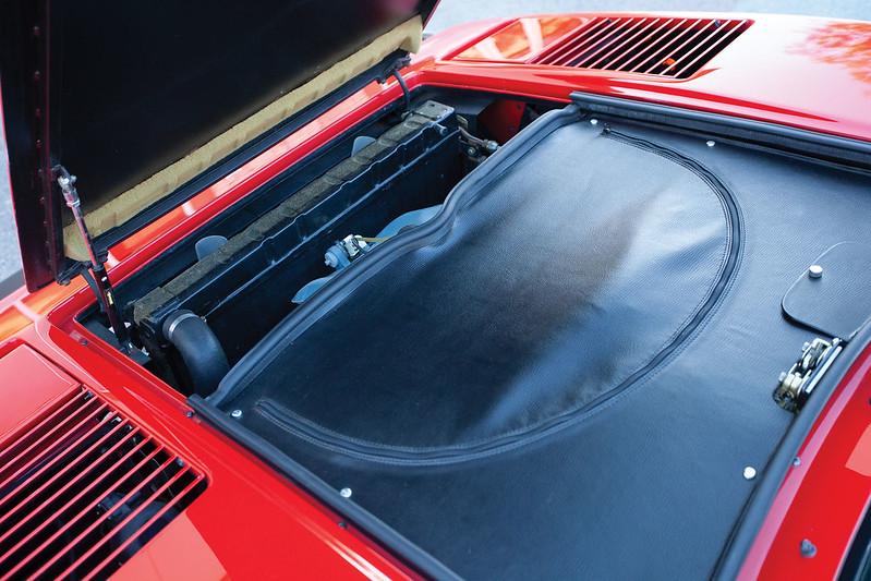 Ferrari-308-GTB-21