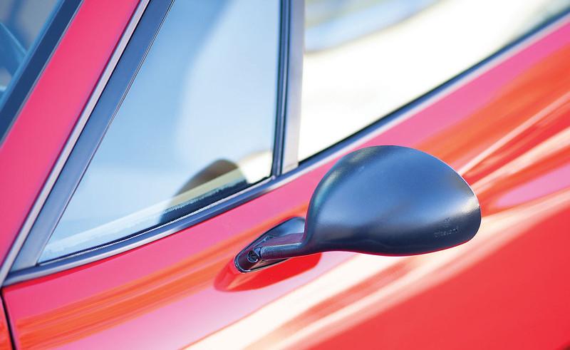 Ferrari-308-GTB-18