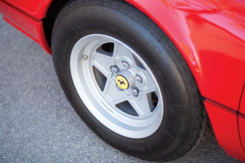 Ferrari-308-GTB-15