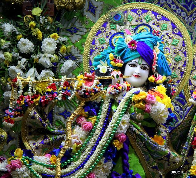 ISKCON Juhu Sringar Deity Darshan on 9th Feb 2020