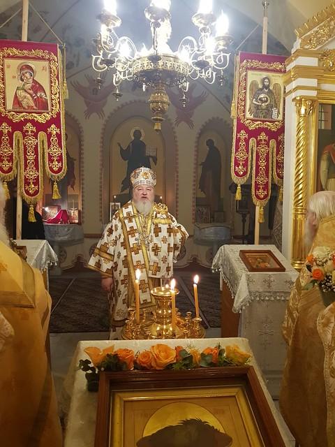 09 февраля 2020, В Неделю о мытаре и фарисее митрополит Кирилл совершил Литургию в Елеонском женском монастыре