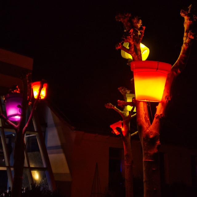Buckets in Trees