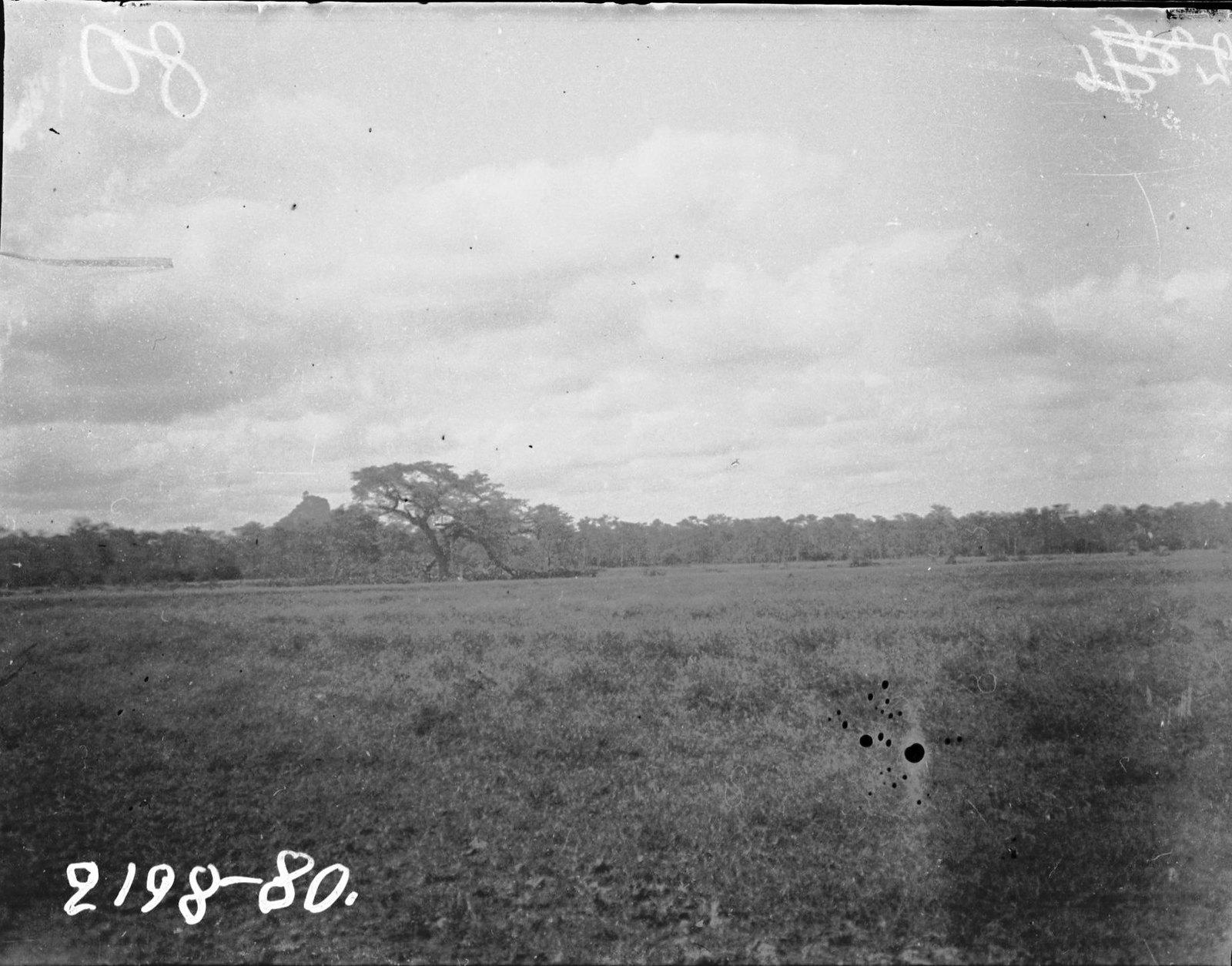 80. Вид недалеко от Джиджига (земля сомали)