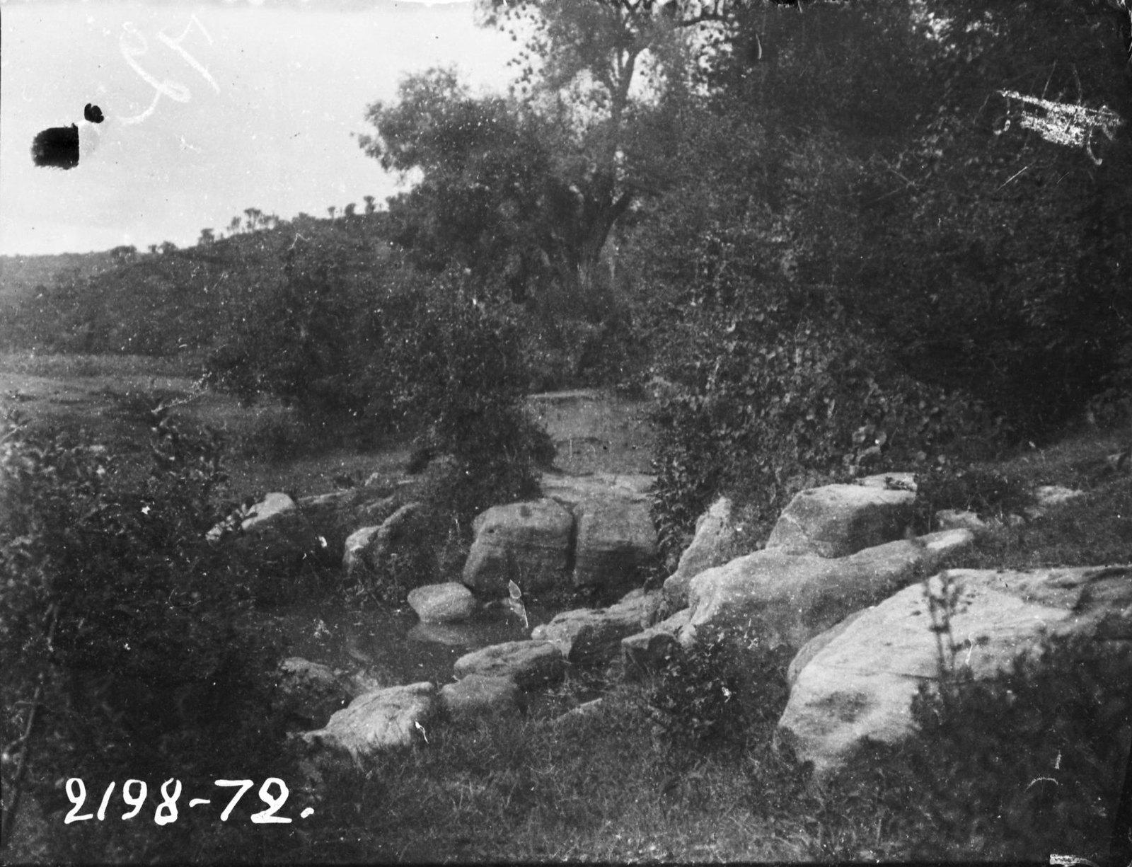 72. Каменный брод через маленькую речку