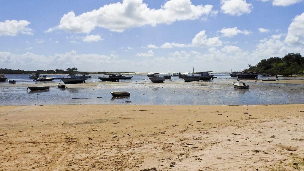 Maré baixa em Itacaré (série com 5 fotos)