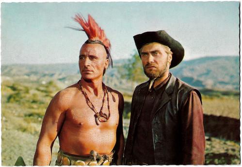 Ricardo Rodríguez and Stelio Candelli in Der Letzte Mohikaner (1965)